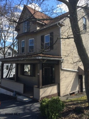 Single Family Home Sold: 1907 3rd Street