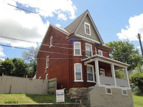Single Family Home Sold: 1015-17 4th Avenue