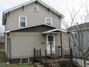 Single Family Home Sold: 216 Dewey Street
