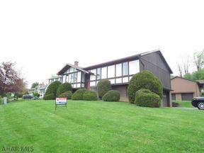 Single Family Home Sold: 129 Mountain Avenue