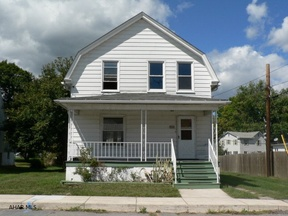 Single Family Home Sold: 1414 4th Avenue