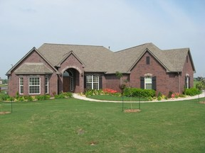 Broken Arrow OK Residential Sold: $380,000