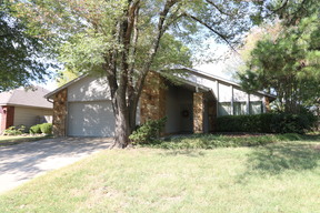 Broken Arrow OK Single Family Home For Sale: $167,500