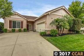 residential sold: 929 Centennial Dr