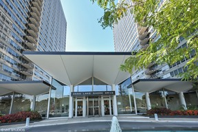 Condo/Townhouse Sold: 3550 North Lake Shore Drive #1421