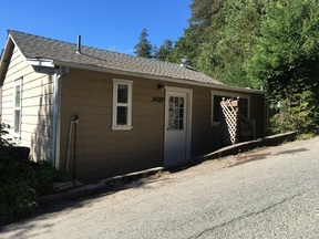 Multi Family 2-4 For Lease: 14082 Woodland Dr