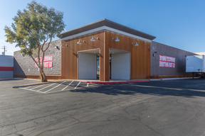 Las Vegas NV Commercial For Lease: $15,000 $1.25/sf /Mo