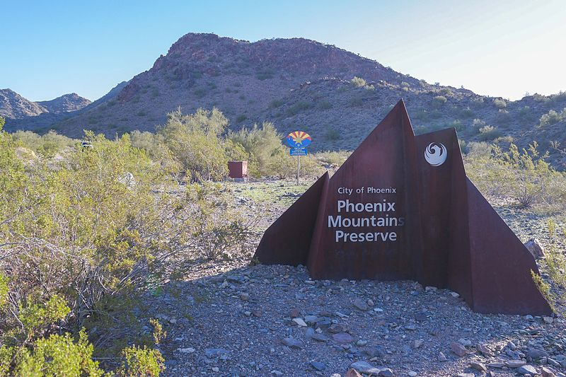 As a resident of Paradise Valley, the Phoenix Mountains Preserve is your own backyard.
