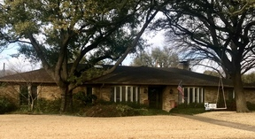 Single Family Home Sold: 3919 Courtshire