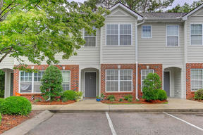 Charleston  SC Attached Sold: $159,000