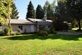 Single Family Home Sold: 17526 Butteville Rd