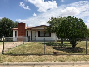 Rental For Rent: 711 Ruby Dr.