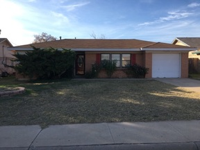 Single Family Home Rented: 102 S Dewberry Dr.