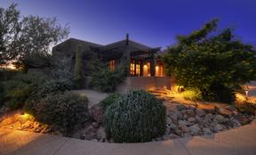 Single Family Home Sold: 8020 E. Crisscross Way