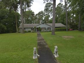Single Family Home Sold: 1310 Hickory Ln