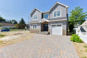 Single Family Home Sold: 1290 Hazel St