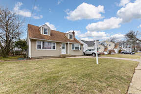 East Meadow NY Single Family Home 764 Merrick Avenue: $449,000