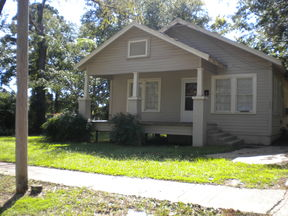 Residential Sold: 404 Jefferson St