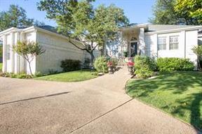 Single Family Home Sold: 704 Golfcrest LN