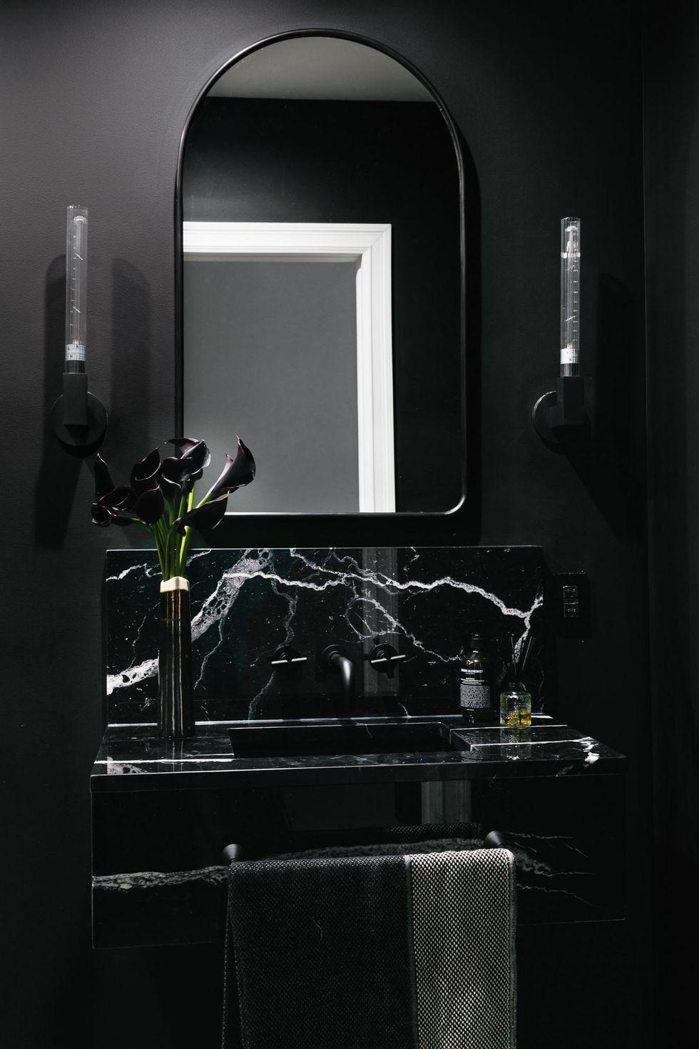 Black Bathroom, 2019 Trends, Homes