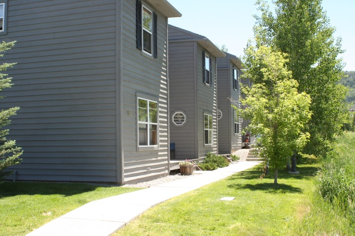 CHINOOK TOWNHOMES