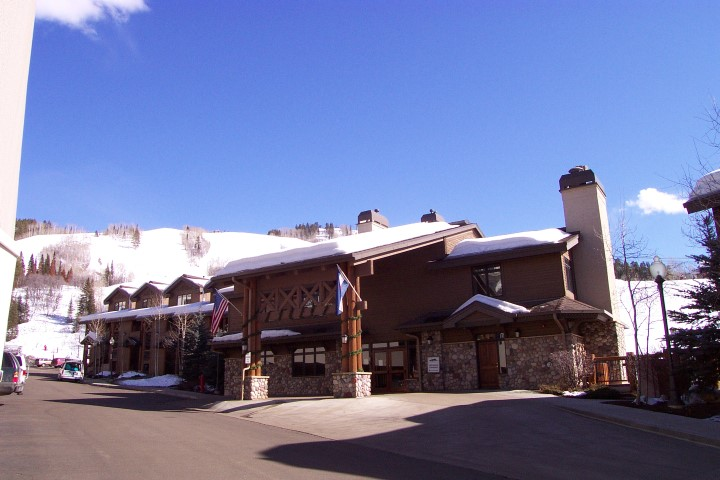 Image of Christie Club in Winter