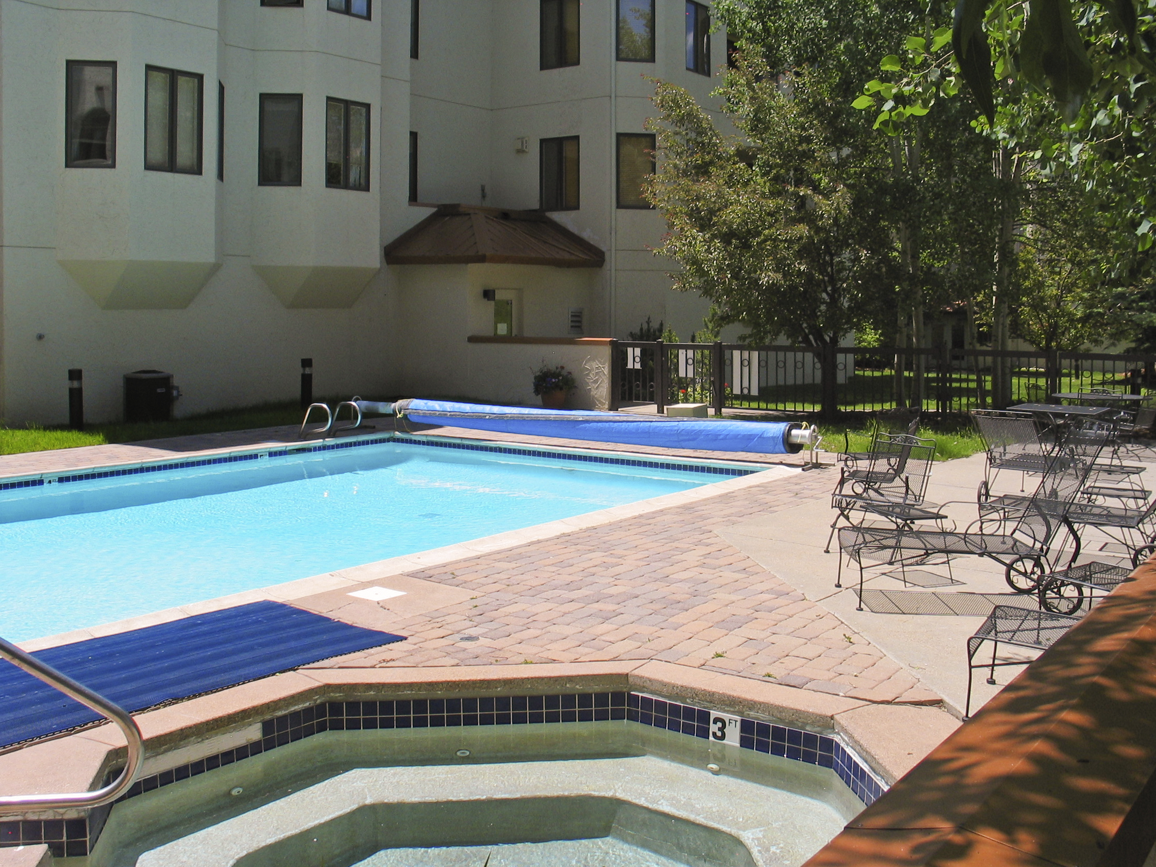Pool at Meadows at EagleRidge