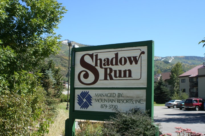 Shadow Run sign