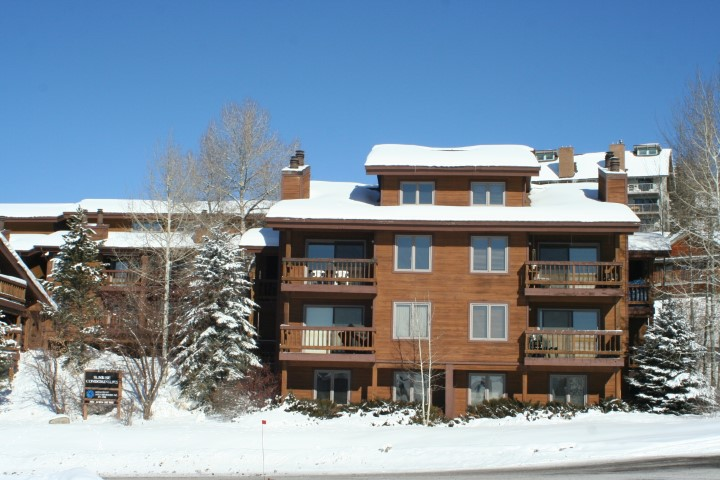 Photo of Sunrise Condos in the Winter