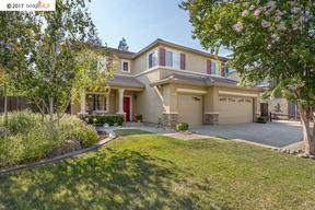 Single Family Home Sold: 1047 Meadowgate Way