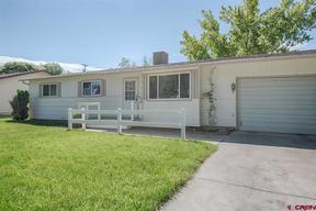 Single Family Home Lease Pending: 16 Poplar Street