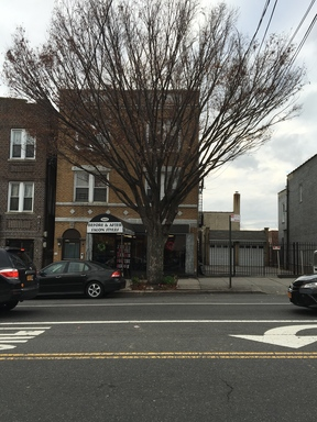 Multi Family 5+ For Sale: 3603 Bronxwood Ave