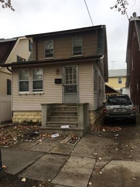 1 Family For Sale: 2897 Coddington Ave