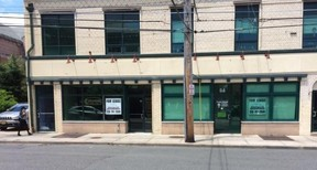 Freeport NY Commercial For Lease: $24