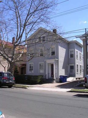 Lease/Rentals For Lease: 129 Nicoll Street #2/3
