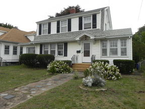 Residential For Rent: 147 Townsend Avenue