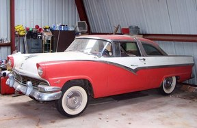 Active: 1956 Ford V8 Crown Victoria