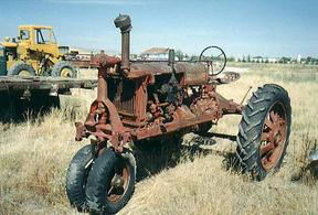 Sold: Farmall F-20 Tractor (1930''s)