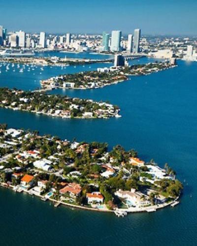Homes for Sale in Di Lido Island, FL