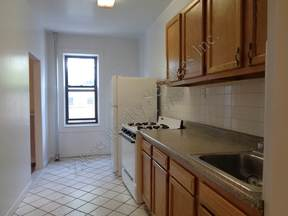 Multi Family Home Rented: 33rd Street #1