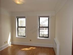 Multi Family Home For Rent: 23- Ave 37th  st #6