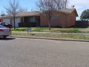 Portales  NM Single Family Home For Sale: $165,500