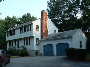 Residential Sold: 6 Heritage Lane