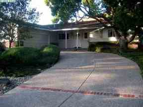 Extra Listings Recently Closed: 1101 Larch Ave