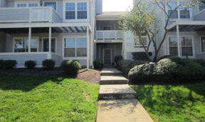 Single Family Home For Sale: 410 Brookview Court
