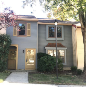 Single Family Home For Sale: 212 Haverford Court