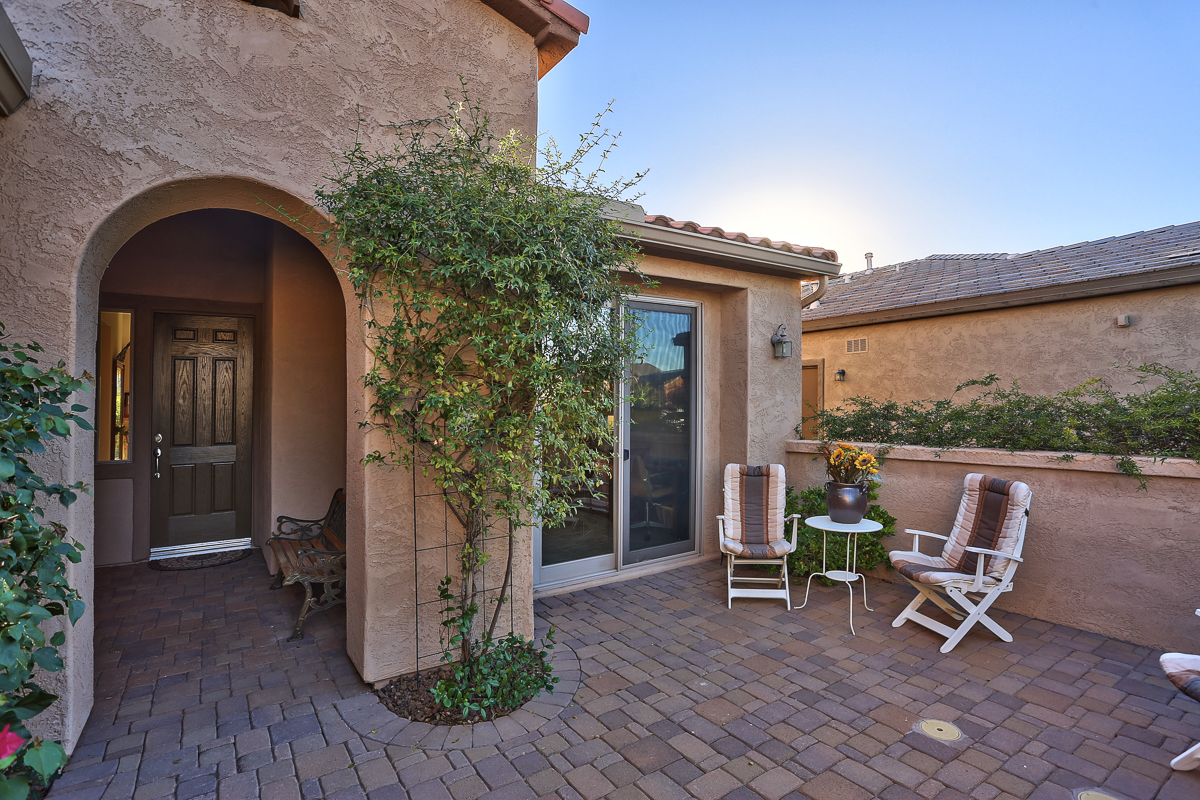 12857 W. Quail Track, Trilogy at Vistancia. Call Friedman Realty Associates at 623-476-2491 to see this home!