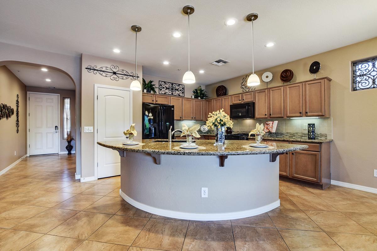 Friedman Realty Associates, 12872 W Katharine Way, kitchen with island