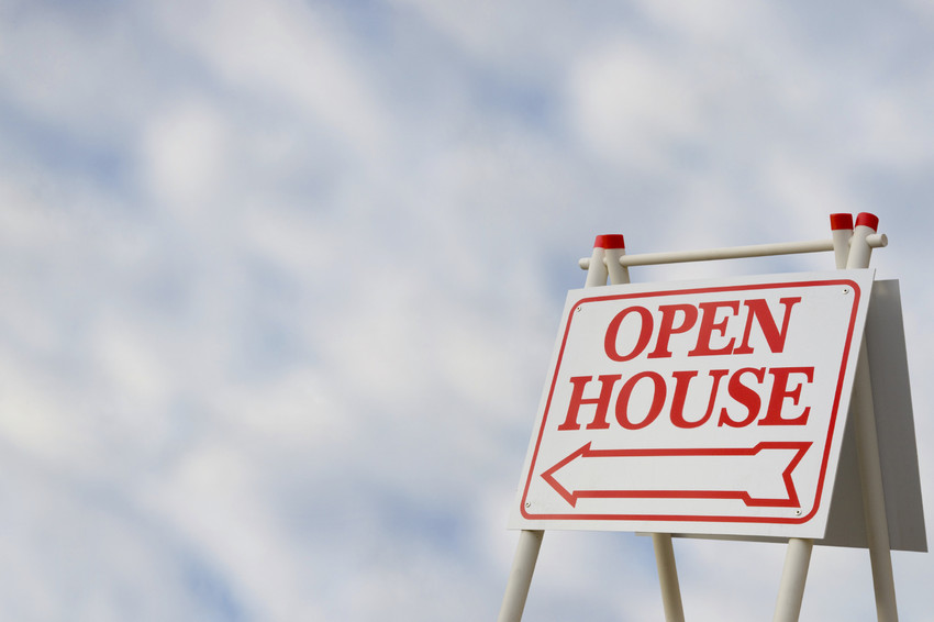 Friedman Realty Associates, open house sign pointing to home for sale