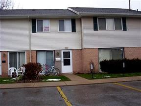 Condo Available Soon: 3424 Kenbrooke Ct.